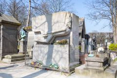 Oscar Wilde mausoleum arkivbilder