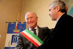 The oscar-winning director alfonso Cuarón. In the picture the director and the mayor of Pietrasanta Domenico Lombardi. The oscar-winning director Alfonso Cuar stock photography