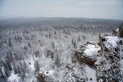 Oscila paisaje del invierno Imagen de archivo libre de regalías