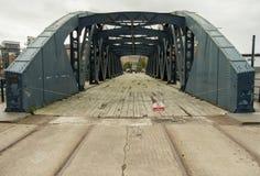 Oscilación-puente Fotos de archivo libres de regalías