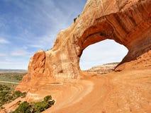 Oscile el arco en los arcos parque nacional, Utah fotografía de archivo