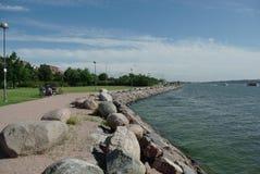 Oscilla il seacost a Helsinki Immagine Stock Libera da Diritti
