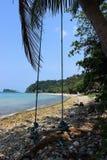 Oscillazione sulla spiaggia di Koh Chang Fotografia Stock