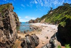 Oscilli la spiaggia a Cudillero, Asturie, Spagna Immagine Stock Libera da Diritti
