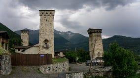 Oscilli le torri di Ushguli, Svaneti superiore, la Georgia, Europa Fotografia Stock