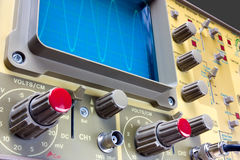 Oscilloscope. Analogue oscilloscope whit sinusoidal wave, electronic measuring instrument Royalty Free Stock Photos