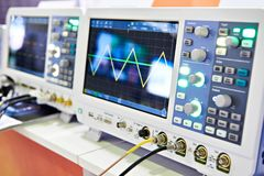 Free Oscilloscopes In Lab Royalty Free Stock Images - 156228519