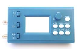 Oscilloscopio moderno del segnale numerico isolato su fondo bianco Fotografia Stock