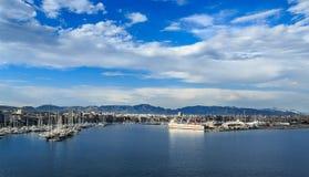 Oscuridad azul en el puerto de Mallorca Foto de archivo libre de regalías