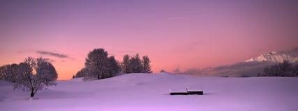 Oscuridad en colores pastel de la montaña Imagen de archivo libre de regalías