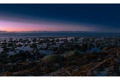 Oscurità, spiaggia, viste, paesaggio della Norvegia immagini stock libere da diritti