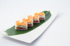 Oshi-Sushi mit Lachsen Lizenzfreie Stockfotografie