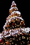 Oskarpa ljus för julgran arkivbilder