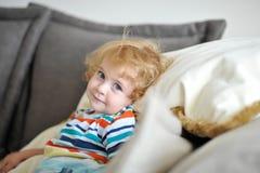 Oskyldigt barn Arkivfoton