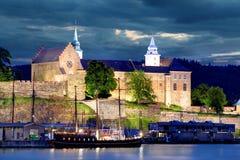 Oslo, Akershus alla notte Fotografia Stock