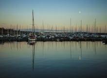 Oslo-Fjord, Reflexionen im blauen Wasser glättend Stockbild