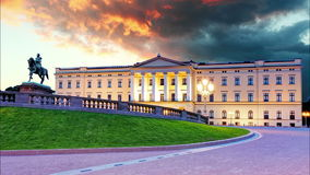 Oslo - Koninklijk paleis, Noorwegen stock videobeelden