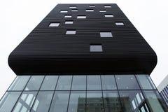 Oslo, Noorwegen, 10 september 2017 - Voorgevel van de bouw van de streepjescodegebouwen Stock Afbeelding