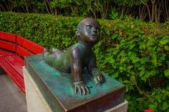 OSLO, NORUEGA - 8 DE JULHO DE 2015: Escultura do bebê Foto de Stock Royalty Free
