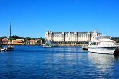 Oslo Noruega - o porto pequeno é um de Oslo& x27; grandes atrações de s fotografia de stock royalty free