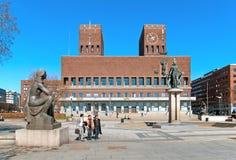 Oslo noruega O salão de cidade fotografia de stock royalty free