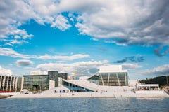 Oslo, Norvège Chambre d'opéra et de ballet dans le jour d'été Images libres de droits