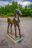OSLO, NORVÈGE - 8 JUILLET 2015 : Statue d'un jeune Photos stock