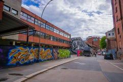 OSLO, NORVEGIA - 8 LUGLIO 2015: Arte della via dei graffiti Fotografia Stock Libera da Diritti