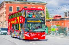 OSLO, NORVEGIA - 8 LUGLIO 2015: Autobus a due piani Fotografie Stock Libere da Diritti
