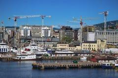 OSLO, NORWEGIA †'SIERPIEŃ 17, 2016: Widok panorama na Oslo Harbo Fotografia Royalty Free