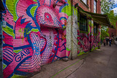 OSLO, NORWEGIA - 8 LIPIEC, 2015: Graffiti ulicy sztuka obraz royalty free
