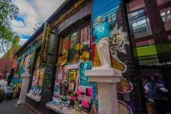 OSLO, NORWEGIA - 8 LIPIEC, 2015: Graffiti ulicy sztuka obraz stock