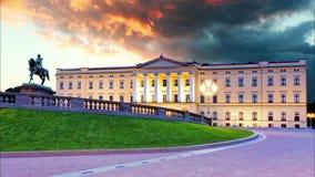 Oslo - palacio real, Noruega almacen de metraje de vídeo