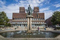 Oslo stadshus, Oslo, Norge fotografering för bildbyråer