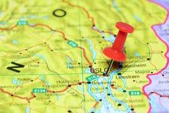Oslo steckte auf eine Karte von Europa fest Stockbilder