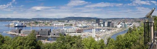 Oslo, Van de binnenstad, Bjoervia Bjørvika Noorwegen royalty-vrije stock afbeeldingen