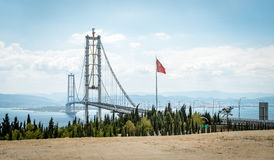 Osman Gazi Bridge in Kocaeli, Turkije Stock Afbeelding