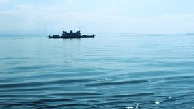 Osman Gazi Bridge y viaje en transbordador, primer - Kocaeli - Turquía almacen de video