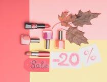 ? osmetic på höstförsäljning -20% Royaltyfri Foto
