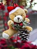 Oso de peluche de la Navidad Fotos de archivo libres de regalías