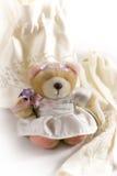 Oso de peluche de la novia Foto de archivo libre de regalías