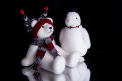 Oso polar de la Navidad y un pingüino Fotos de archivo