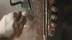 Osoba klucz otwiera kędziorek zbiory wideo