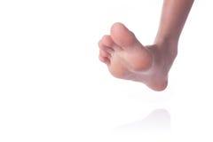 Osoby nagiej stopy odprowadzenie na białym tle obraz royalty free