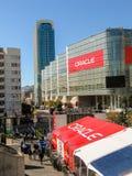 Osoby obecne Oracle Otwarta Światowa konferencja iść Moscone centrum obraz stock