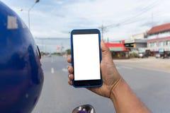 Osoby ręki mienia smartphone Zdjęcia Stock