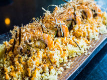 Łososiowa unagi ebi tempura rolka Zdjęcie Royalty Free