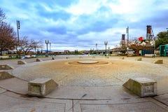 Łososiowe Uliczne wiosny w w centrum Portland zdjęcie royalty free