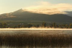 Osoyoos Lake Morning Mist, British Columbia Stock Image