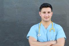 Ospedale felice ispanico dell'America latina della medicina della corsa mista dell'infermiere di medico con lo spazio della copia Fotografie Stock Libere da Diritti